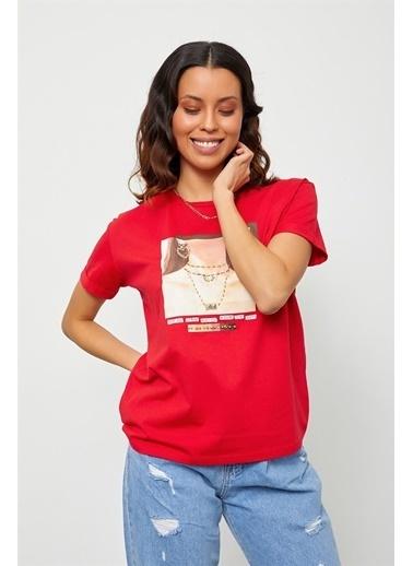 Setre Hardal Baskılı Kısa Kol T-Shirt Kırmızı